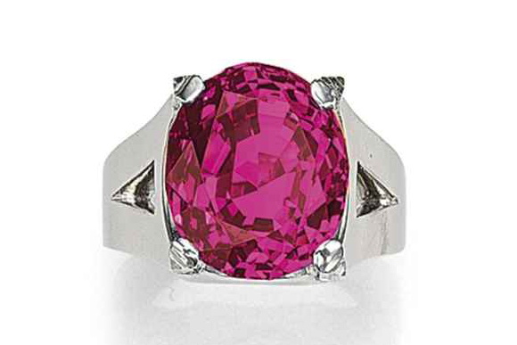 #7 The Most Expensive Rubies - The Queen of Burma Ruby ($ 6,084,559)