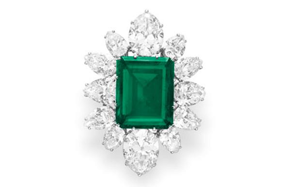 Most Expensive Emeralds in the World - #2 Elizabeth Taylor Brooch ($ 6.5 billion)