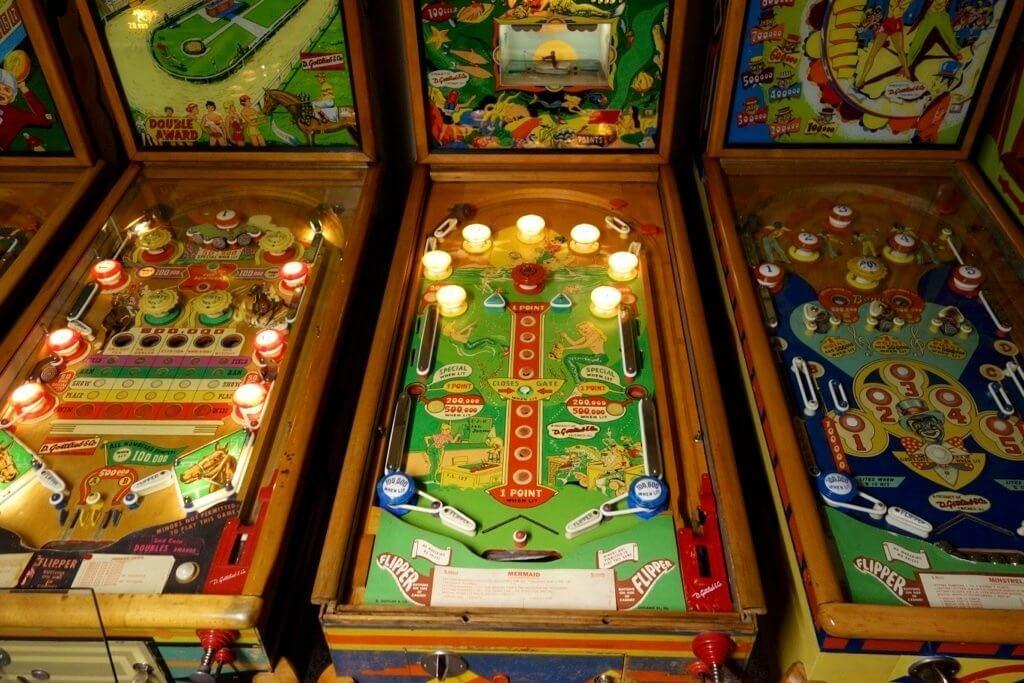 Most expensive pinball machines - #5 Mermaid Pinball Machine - $17,000